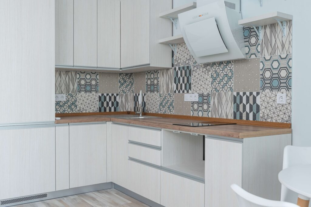 white kitchen cabinet design idea