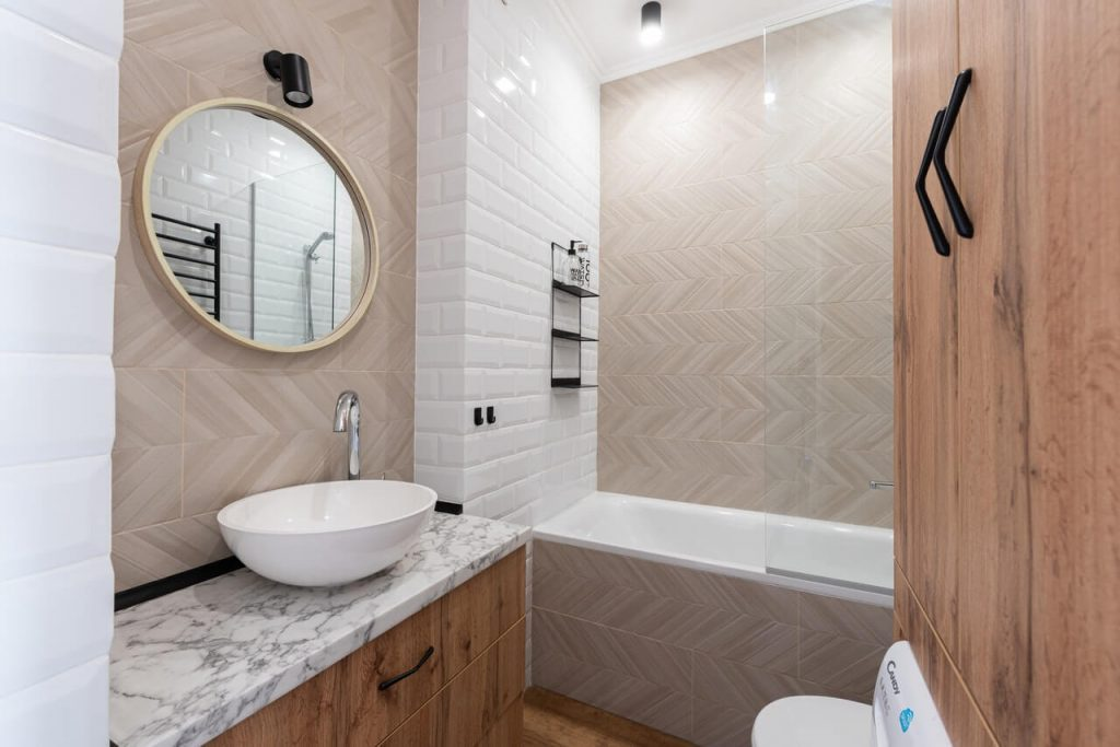 budget small bathroom remodel